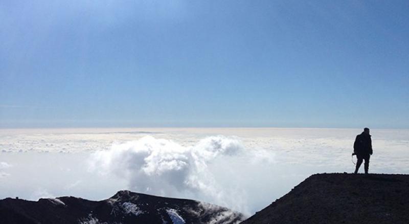 etna romance itinerari Etna climbing