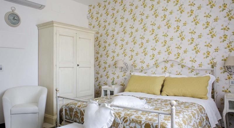 etna romance hotel b&b